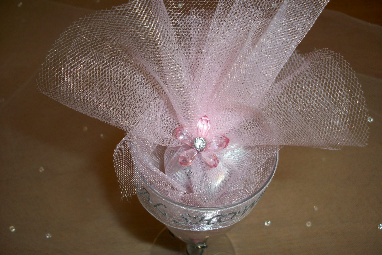 Party Favors Champagne Glass with Tulle
